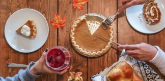 Tips-to-Recycle-Thanksgiving-Dinner-Table-on-contributionblog