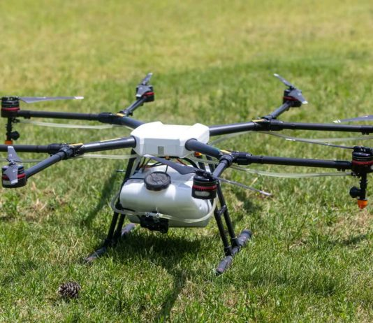 Become-a-Commercial-Drone-Pilot-on-ContributionBlog